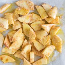 versare il soffritto sulle patate