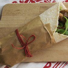 Wrap messicano con bocconcini di manzo con salsa bbq
