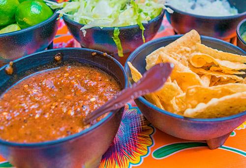 salsa di sette peperoncini-tipica salsa messicana