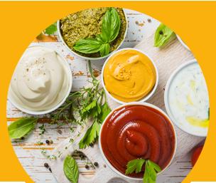 Varietà di salse da abbinare a piatti di carne, bollito, pesce, verdure