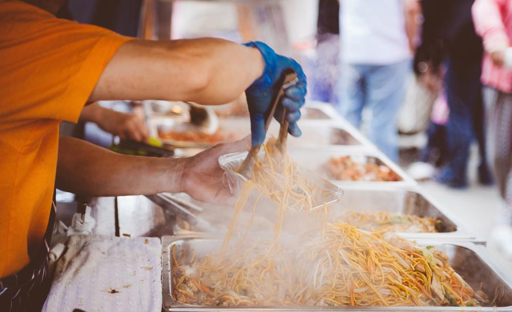 Spaghetti street food