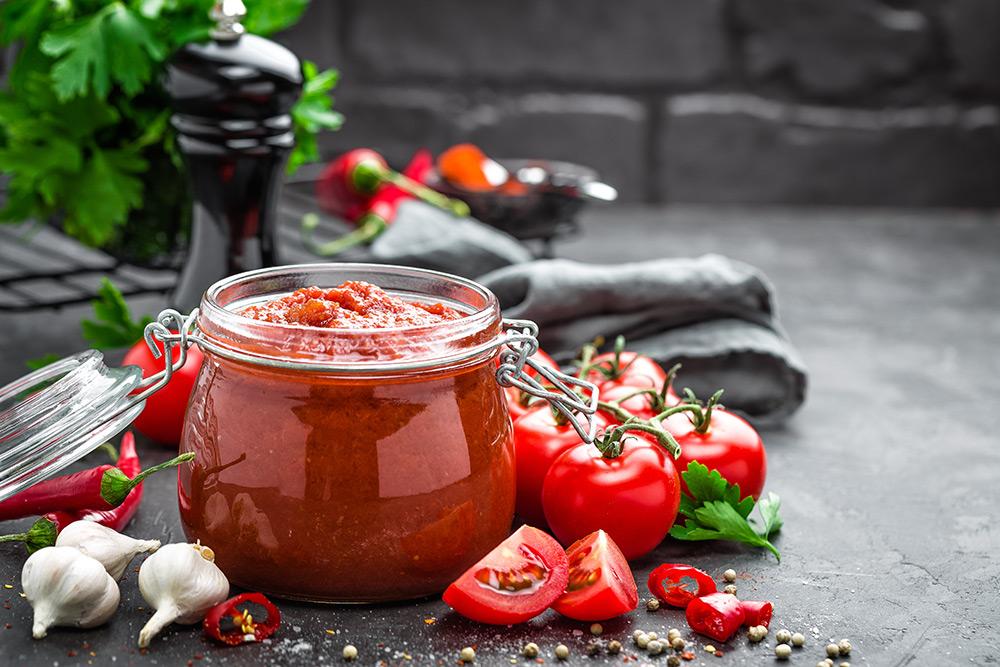 salsa al pomodoro rubra, pomodori, aglio, basilico, pepe