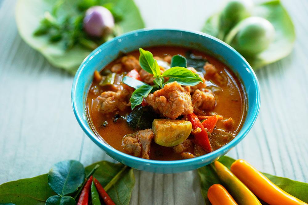 zuppa di pesce bollito con verdure