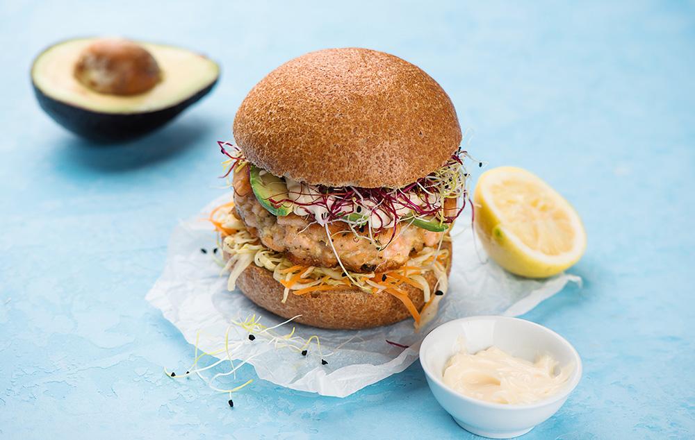 panino con salmone e salsa