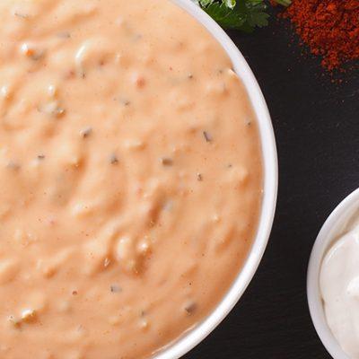 ingredienti e abbinamenti con la salsa rosa, ketchup e maionese