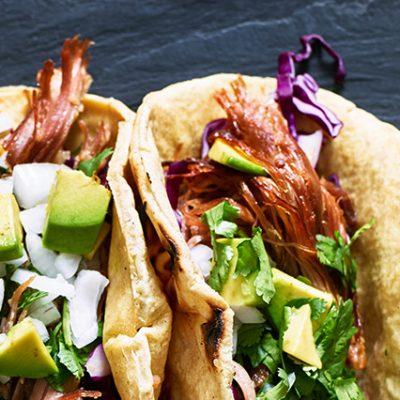 salsa e tortillas messicane