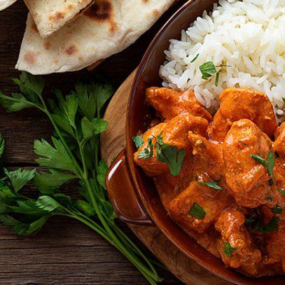 pollo e riso con salsa al curry