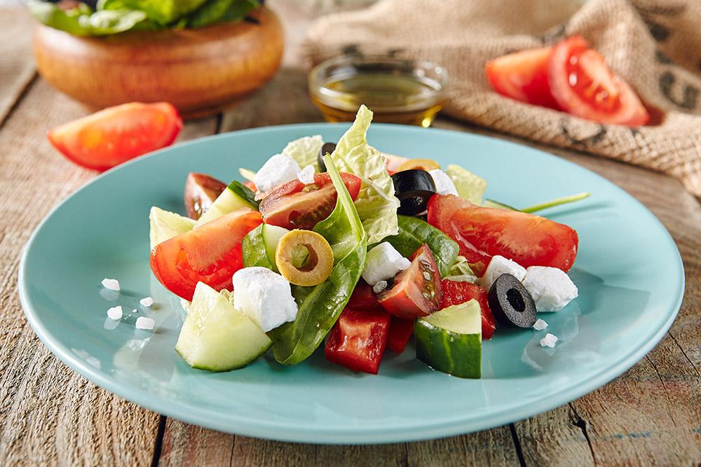 horiatiki street food greco